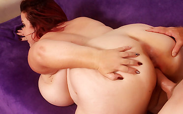 Fat Mature Redhead Young gentleman Lynn Gets Her Plump Pussy Railed to Perfection