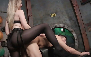 Big Booty Blonde in Pantyhose Fucks His Ass