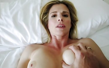 Sharing a Bed anent my Step Mom on Hot Summer Night - Cory Chase