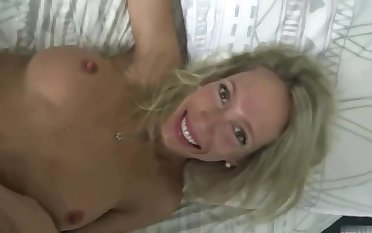 Tattooed beauteous woman, Mary is having casual sex with her fitness trainer, because it feels so good