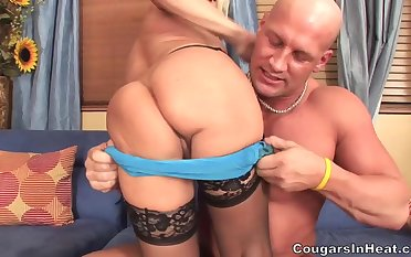 Fun With Hottie Mommy - Cala Craves