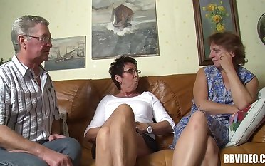 Amateur video be useful to FFM trilogy almost two mature German sluts