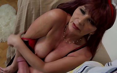 Be A Good Mommy To Me 2016 XXX WEBRip -VSEX