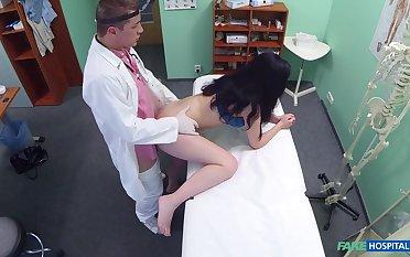 Nonconformist hidden cam amateur sex with a top brunette