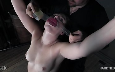 Horny and voracious be fitting of new emotions Lexxxi Nicole Scarlet is ready be fitting of BDSM