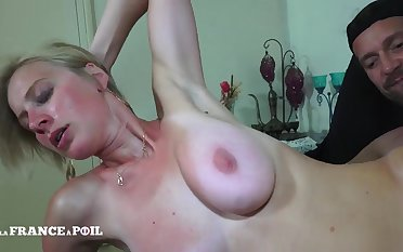 Pretty And Big Bust Blond Streetwalker Gets Banged