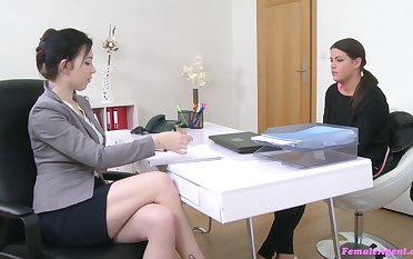 Occupation interview leads the sleazy babes to masturbate