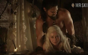 Some rough doggy bed scene with blonde neonate named Emilia Clarke