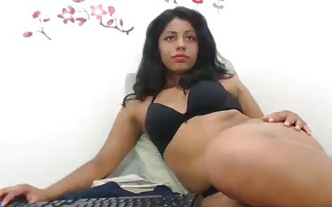 Horny Colombian slut trying encircling be professional and she loves her dildo