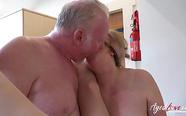 AgedLovE Two Matures And Load of shit Hardcore