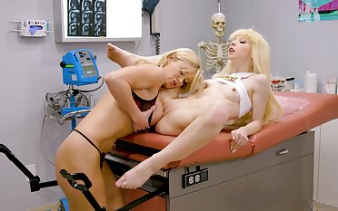 Bitches obtain presage during doctor's visit