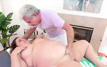 Sexy and horny BBWs know their plump pussies getting teased using tongue fingers and sex toys by the masseur