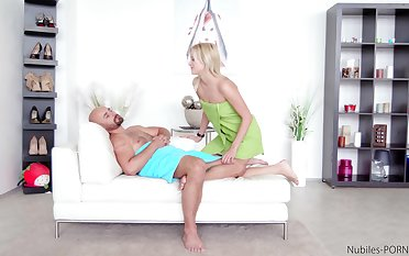 Merciless inches make hot blonde lose her mind